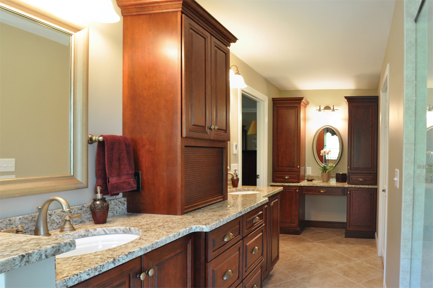 Bathroom photo gallery greater dayton building remodeling for Bathroom remodeling dayton ohio